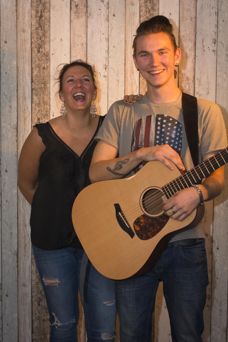 150923oav_bjørn_martin_flovik_6_strings_vocals_0317 copy_export